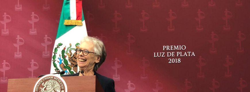 Bertha Navarro, galardonada con el Premio Luz de Plata 2018