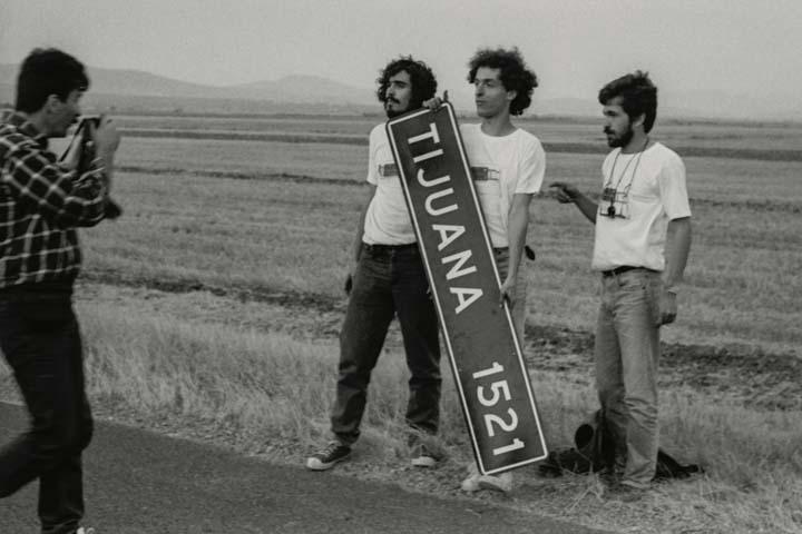 1987 Camino largo a Tijuana