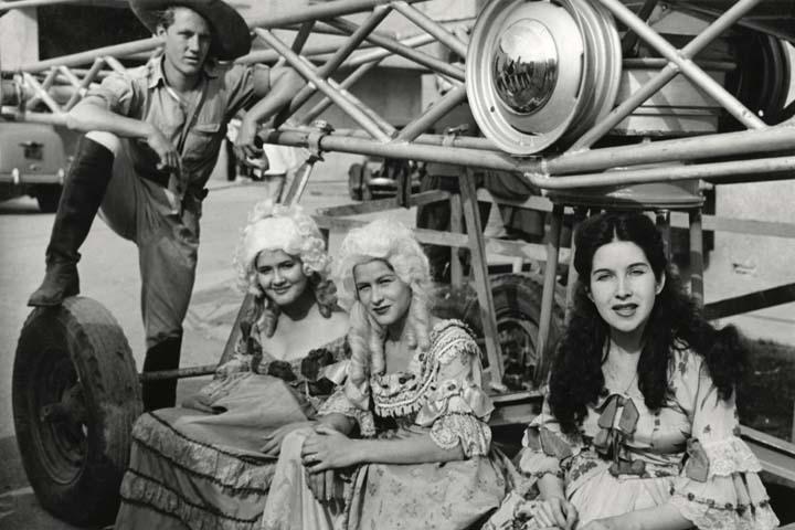 1944 Las dos huérfanas